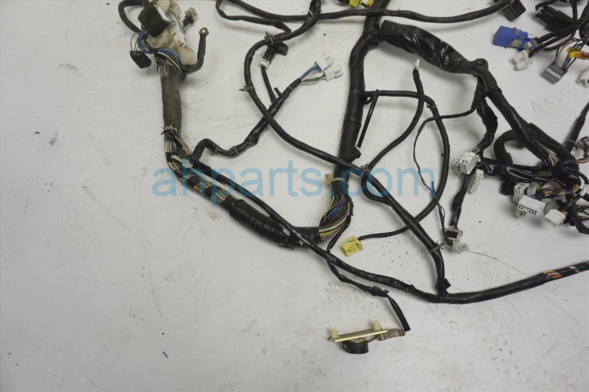 2002 nissan frontier wiring harness 2002 nissan frontier main body wire harness 24010-8z663