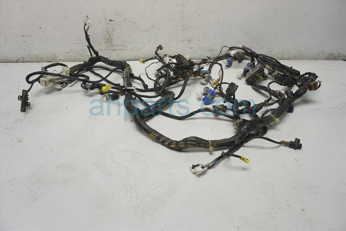 2002 Nissan Frontier Main Body Wire Harness 24010 8Z663 Replacement