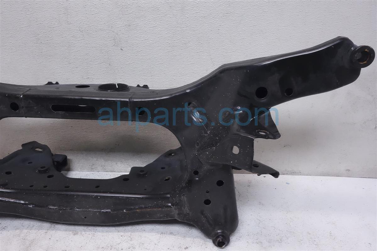 2015 Roguenew Crossmember Rear Subframe Assy 55401 1YA0B Replacement