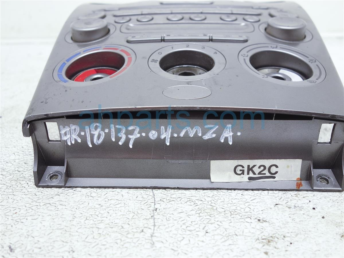 2004 Mazda Mazda 6 Center Radio/climate Bezel W/ Vents GK2E 66 9H0 Replacement