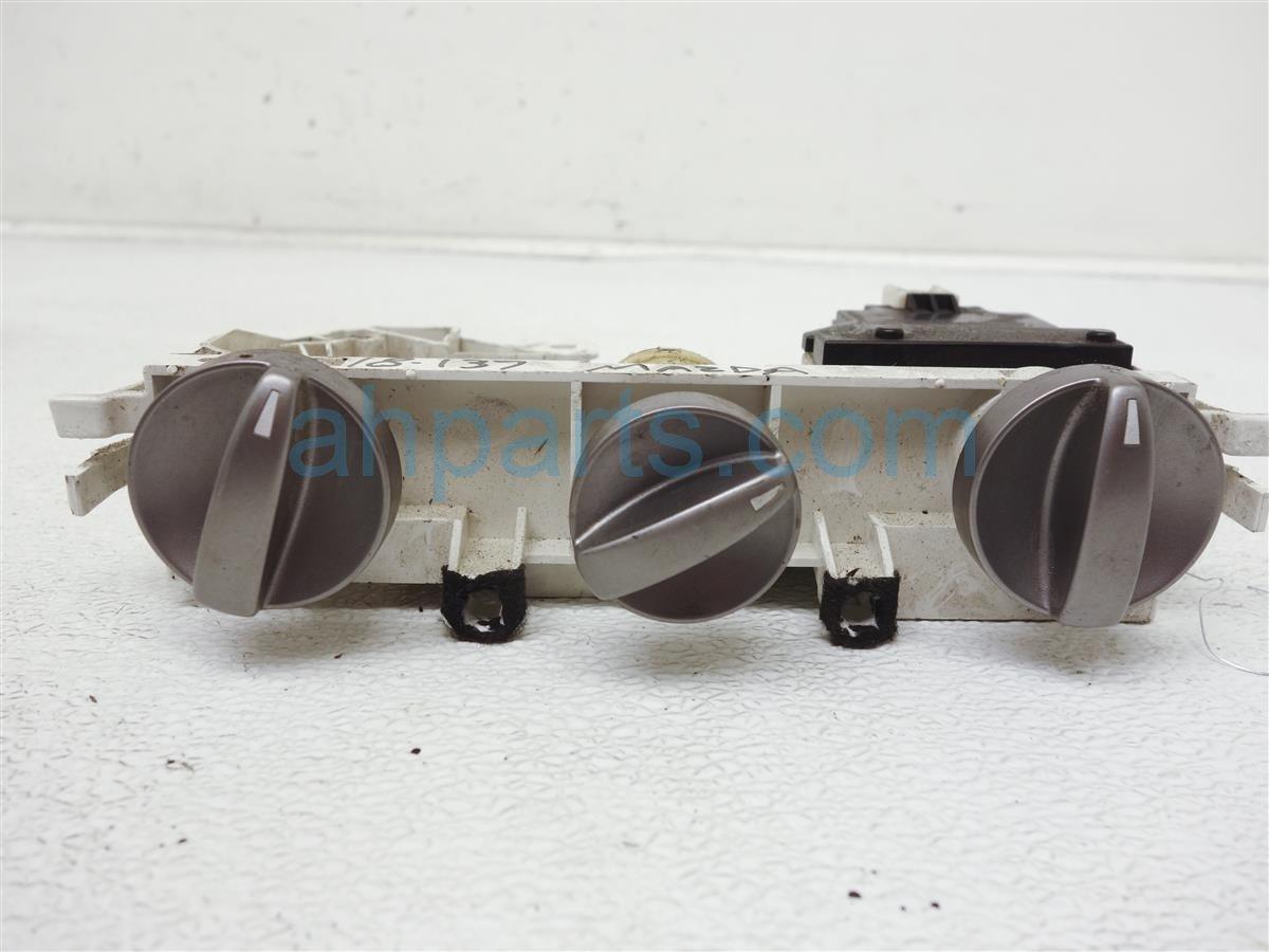 2004 Mazda Mazda 6 Temperature Climate Ac A/c & Heater Controls GK3J 61 190H Replacement