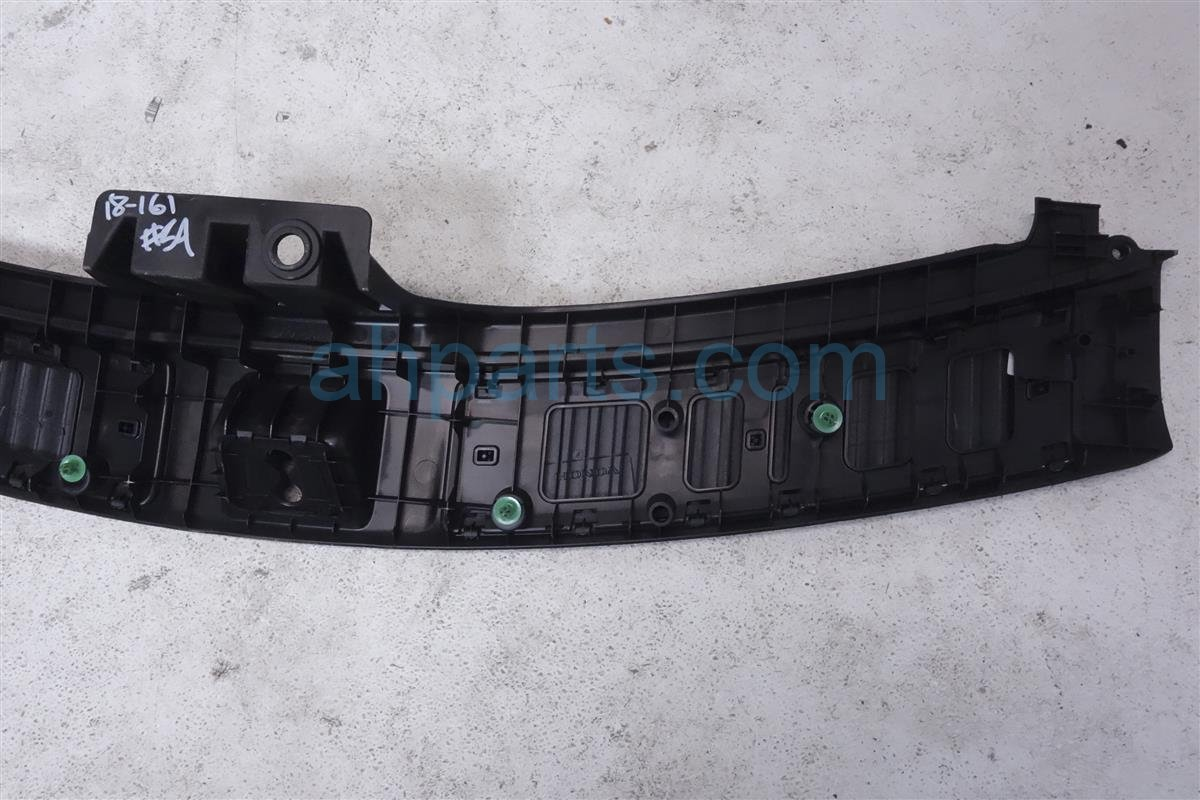 2015 Acura MDX Deck / Trunk Lid Tailgate Bumper Liner Trim Garnish 84675 TZ5 A11ZB Replacement