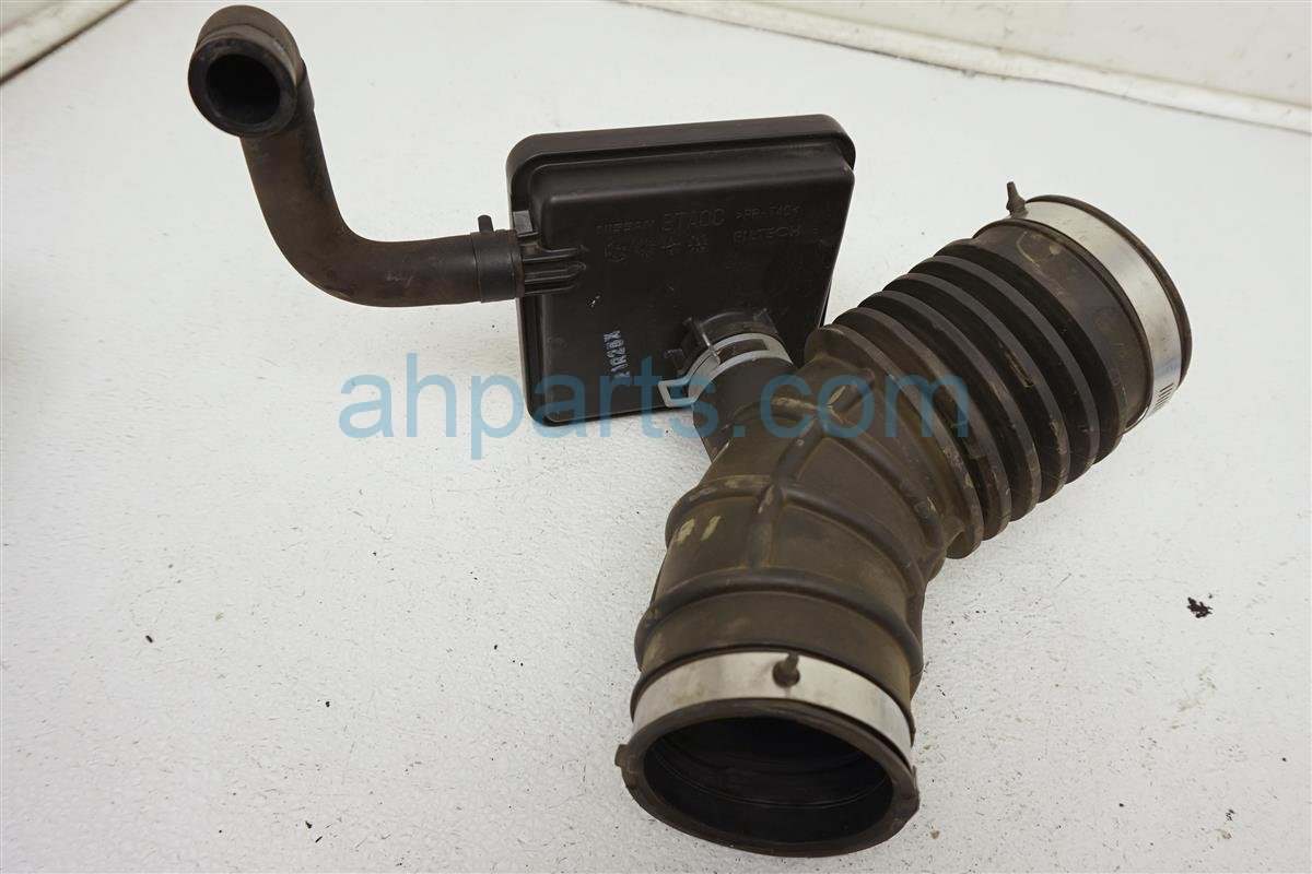 2013 Nissan Altima Air Cleaner Intake Tube   16576 3TA0B Replacement