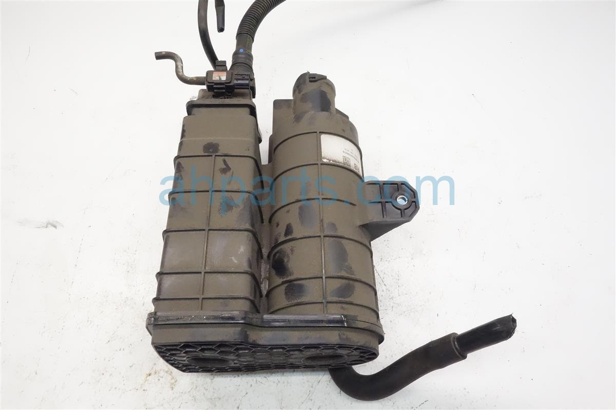 2016 Acura ILX Fuel Vapor Charcoal Canister 17011 TR0 A01 Replacement