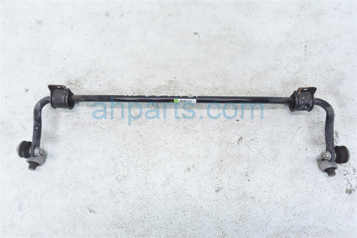 2018 Honda Accord Rear Stabilizer / Sway Bar 52300 TVA A13 Replacement