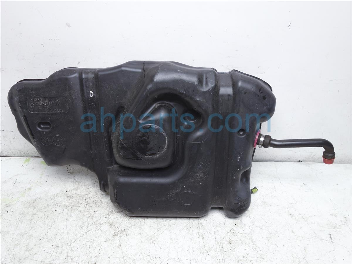2010 Toyota Corolla Gas / Fuel Tank 7001 12B00 Replacement