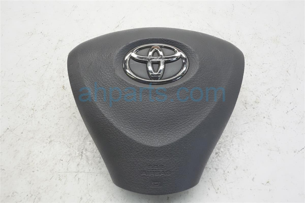 2010 Toyota Corolla Driver Wheel Airbag (air Bag) Gray 45130 12A90 E0 Replacement