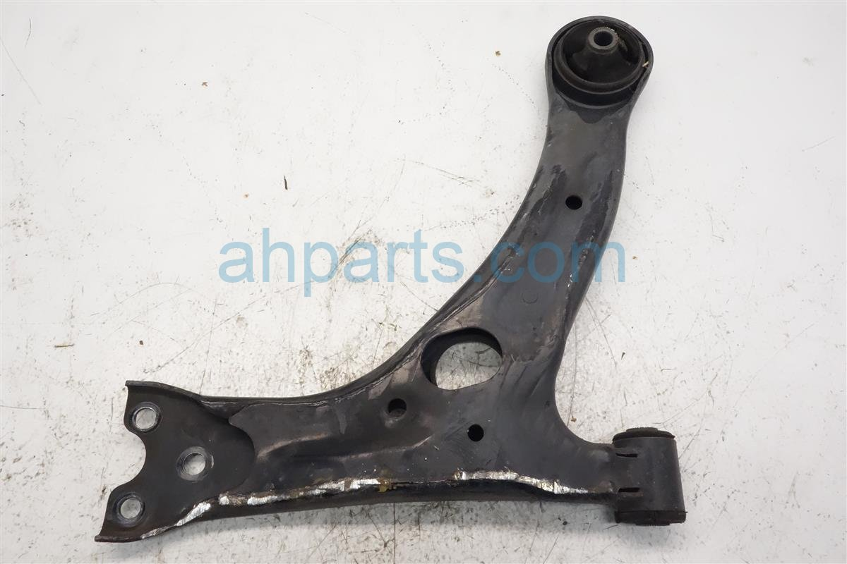 2010 Toyota Corolla Front Passenger Lower Control Arm 48068 13010 Replacement