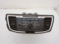 $150 Honda Radio/CD Player W/ Faceplate & Vents