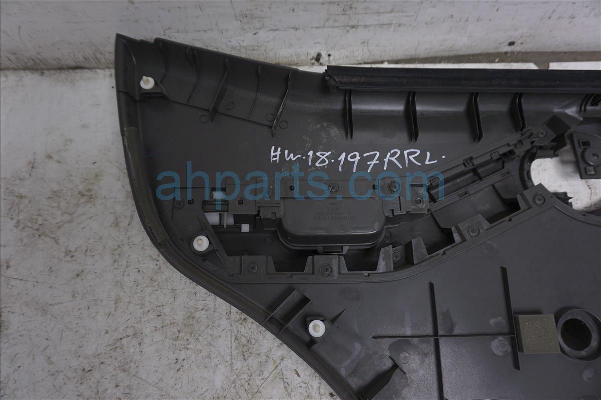 2006 Nissan Xterra Rear Passenger Door Panel (trim Liner)   Black 82900 ZP30A Replacement