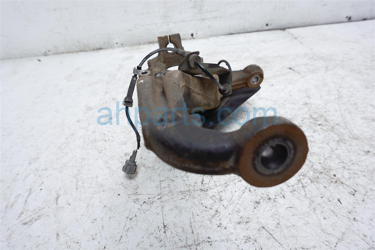 2006 Nissan Xterra Hub Front Passenger Spindle Knuckle   Check 40014 EA000 Replacement