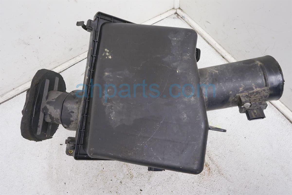 2006 Nissan Xterra Air Cleaner Intake Box   500 EA200 Replacement
