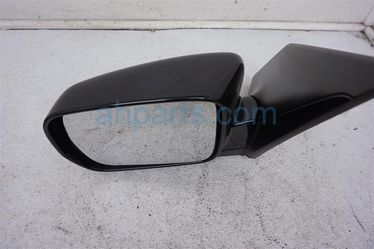 2006 Honda Pilot Driver Side Rear View Mirror   Black 08R06 S9V 10002 Replacement