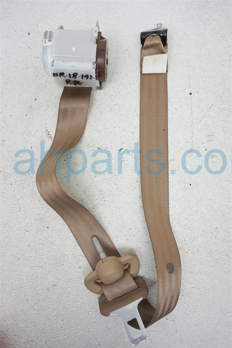 2006 Honda Pilot Rear 2nd Row Passenger Seat Belt   Tan 04864 S9V A02ZC Replacement