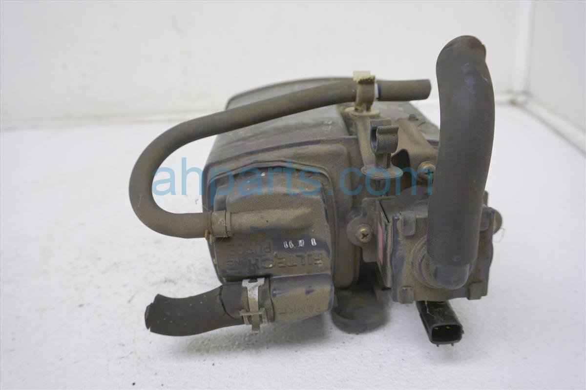 2001 Honda Insight Fuel Evap Canister 17011 S3Y A00 Replacement