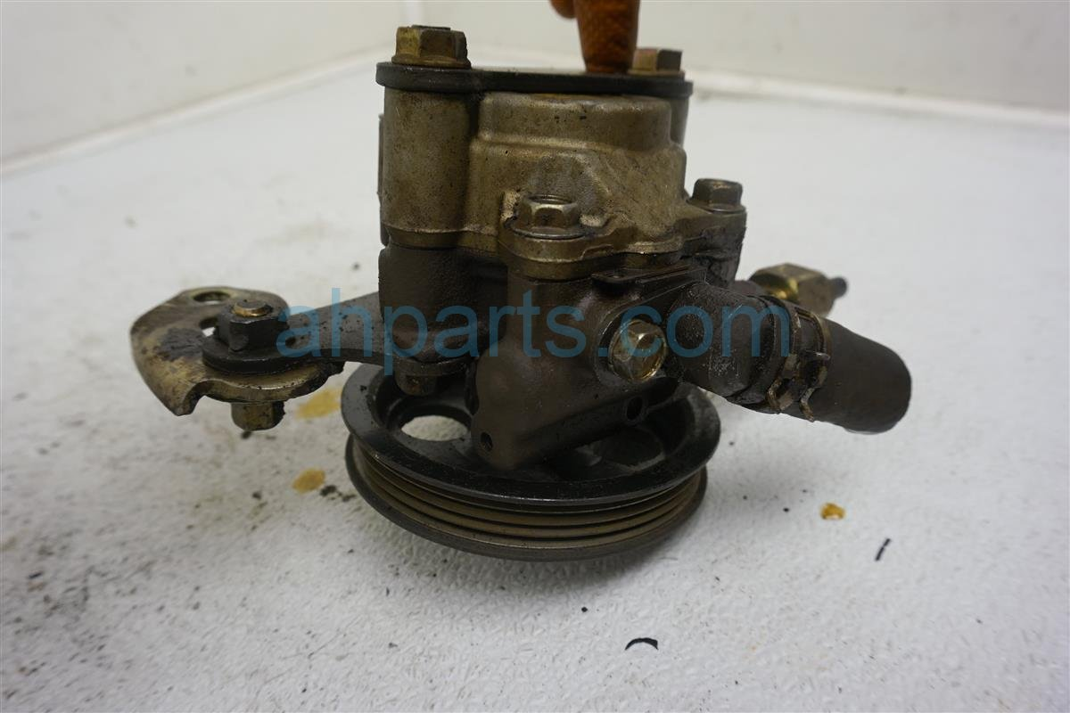 1999 Toyota Sienna Power Steering Pump 44320 07012 Replacement