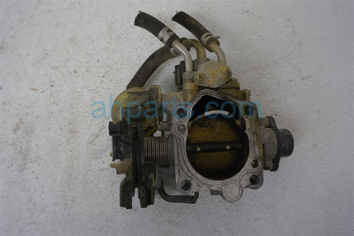 1999 Toyota Sienna Throttle Body 22210 0A080 Replacement