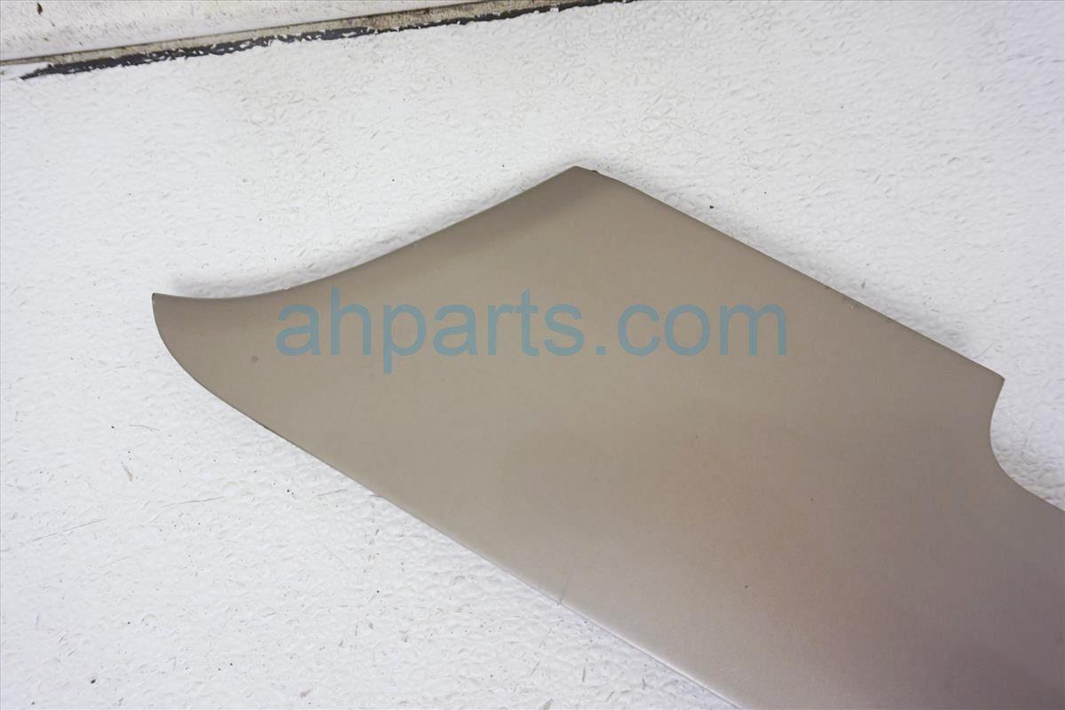 1999 Toyota Sienna Driver Slide Rail Garnish  4n7 Beige 6835608011E1 Replacement