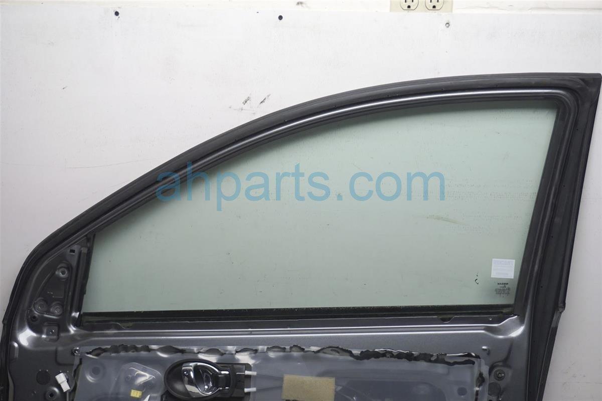 2016 Nissan Versa Front Passenger Door   Gray HMA00 3BAAB Replacement