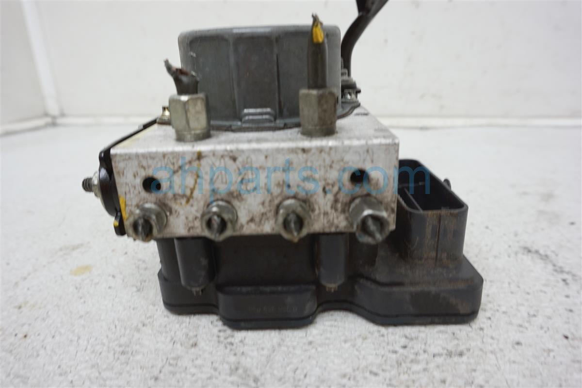 2016 Nissan Versa (anti Lock Brake) Abs/vsa Pump/modulator   47660 9KK3A Replacement