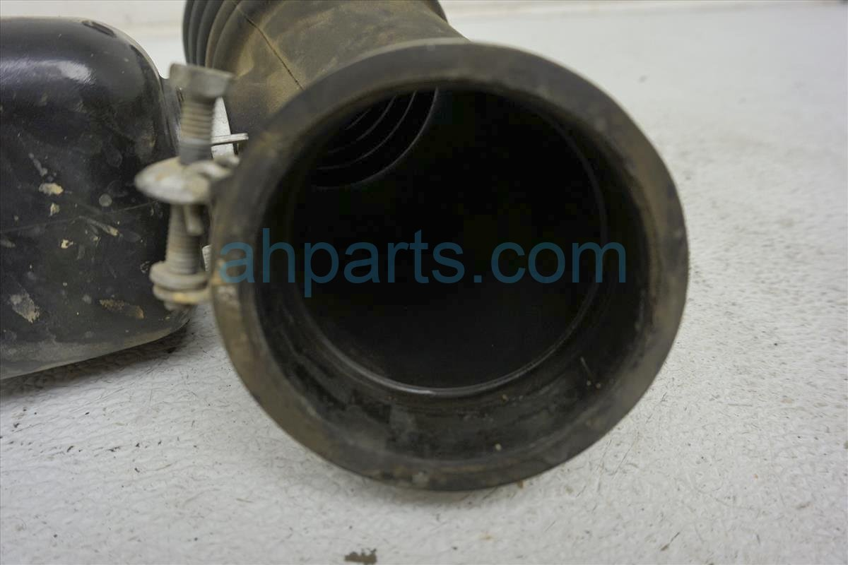 1999 Toyota Sienna Intake Air Cleaner Hose W/ Resonator 17893 0A010 Replacement