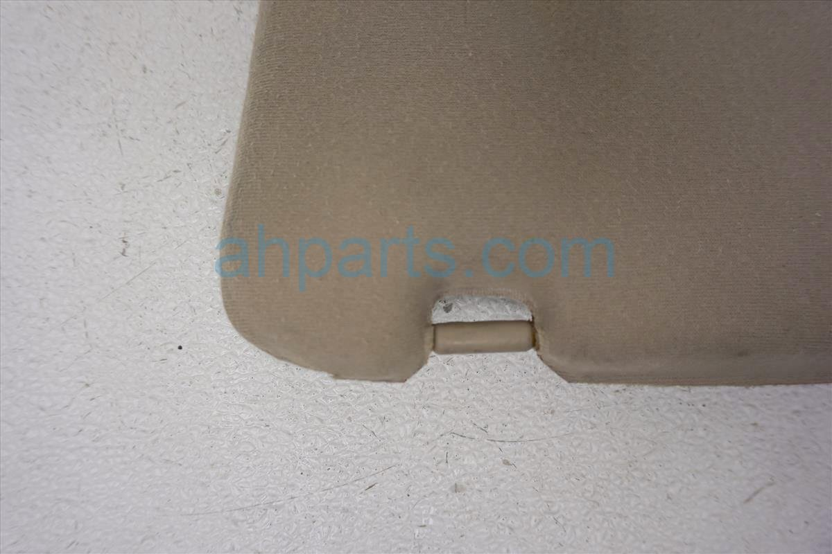 1999 Toyota Sienna Passenger Sunvisor  broken  tan 7421008010B0 Replacement
