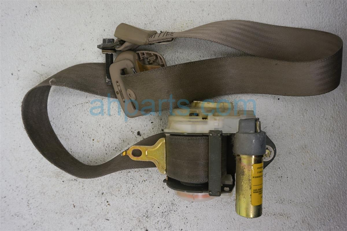 1999 Toyota Sienna Front Driver Seat Belt  tan 7322008010E0 Replacement