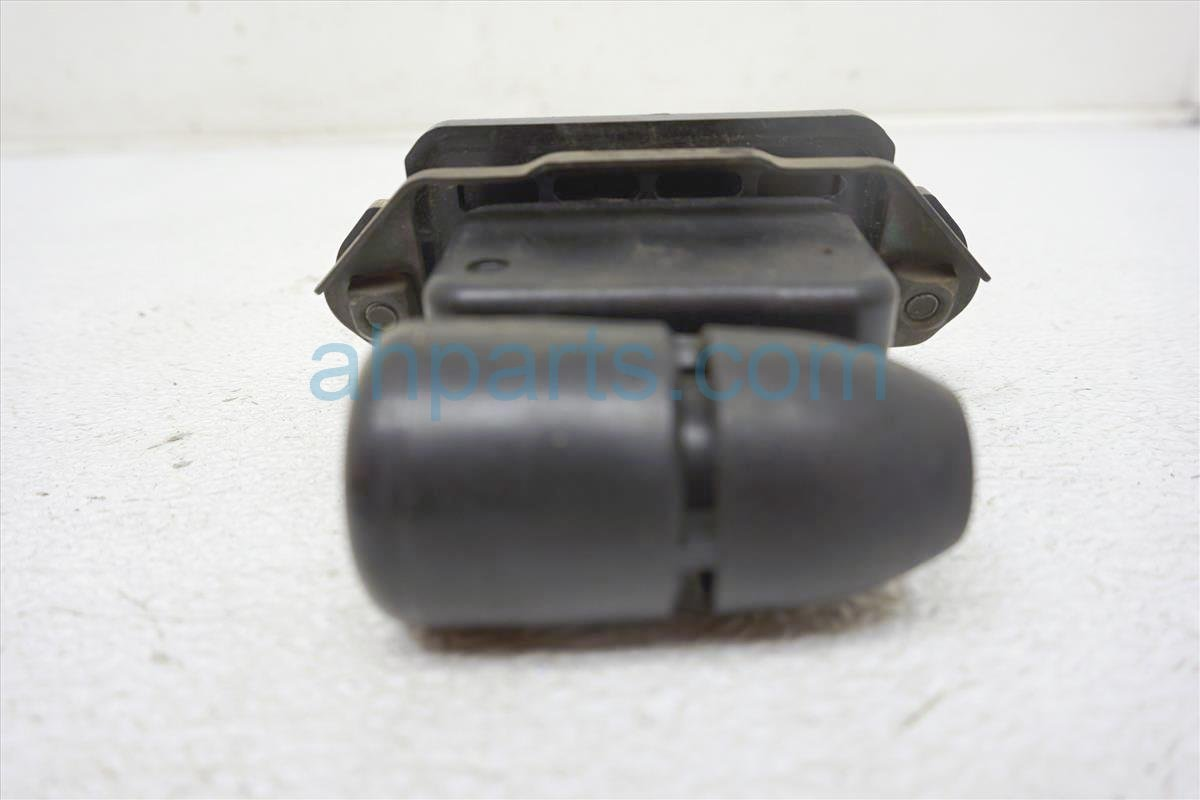 1999 Toyota Sienna Mass Airflow Sensor Assembly 2220420010 Replacement