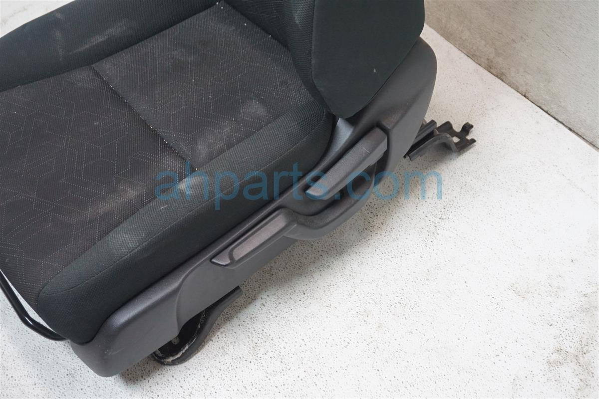2016 Honda FIT Front Driver Seat   Blk Replacement