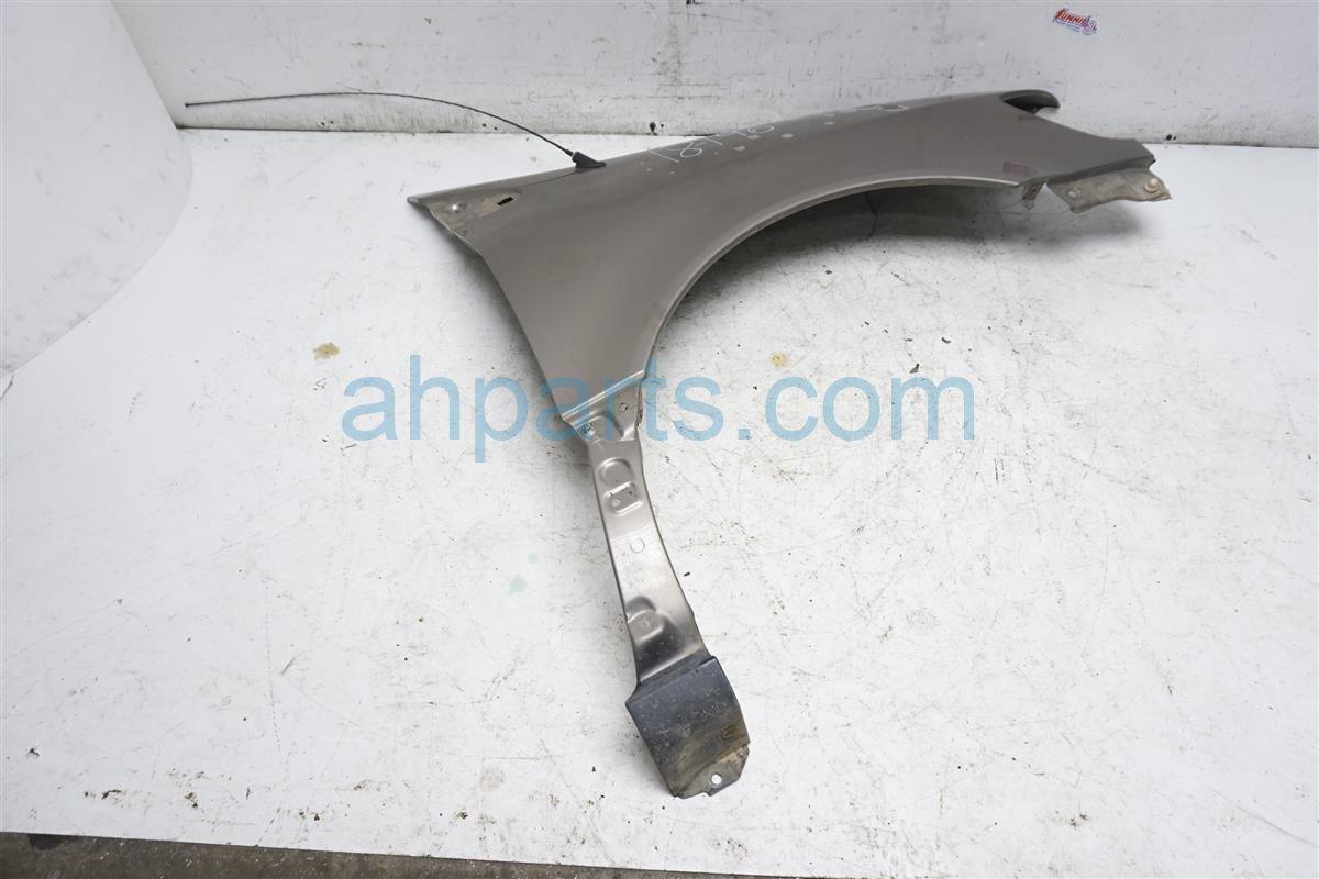 1999 Toyota Sienna Front Driver Fender   Beige 53802 08900 Replacement