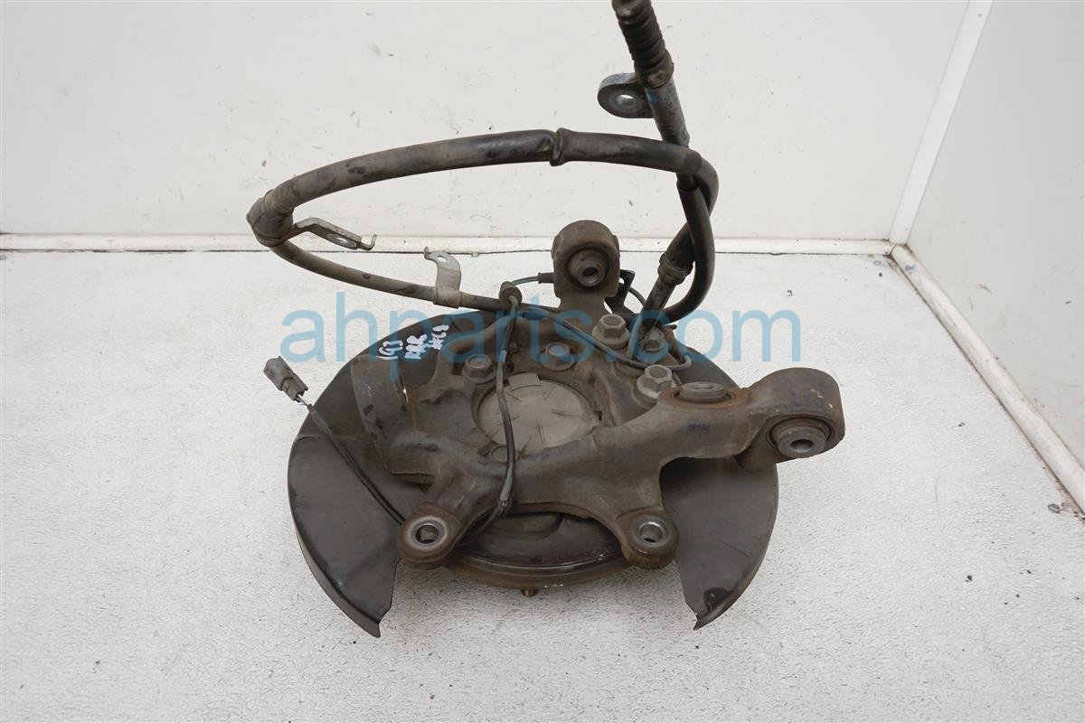 2013 Nissan Quest Axle Stub Rear Passenger Spindle Knuckle   43018 1JB0A Replacement