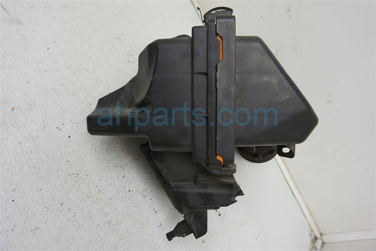 2013 Nissan Quest Air Cleaner Intake Box   16500 1AA1A Replacement