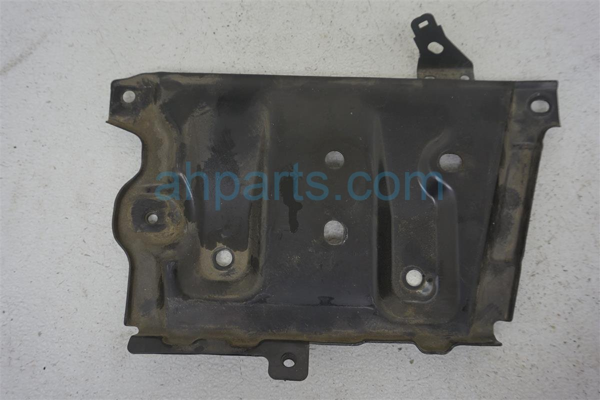2013 Nissan Quest Battery Tray 64860 1AA0A Replacement