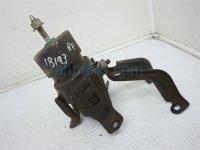 Nissan INSULATOR ENGINE MOUNT REAR