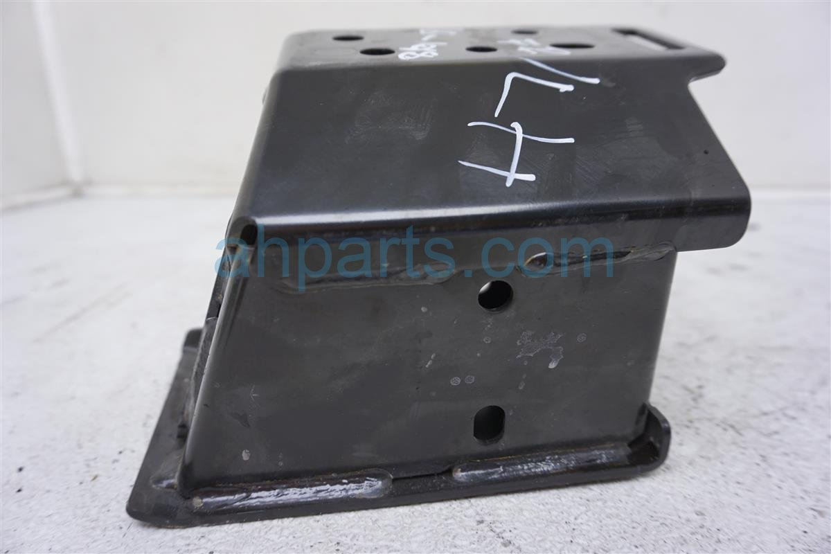 2014 Toyota Camry Front Driver Bumper Reinforcement Spacer 57118 06030 Replacement