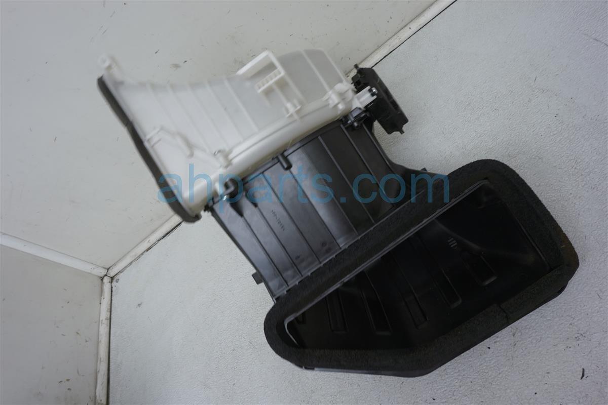 2013 Nissan Quest Air Blower Motor Housing 27887 1JA0A Replacement