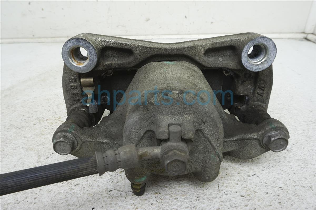 2015 Nissan Sentra Front Passenger Brake Caliper 41001 3SG0C Replacement