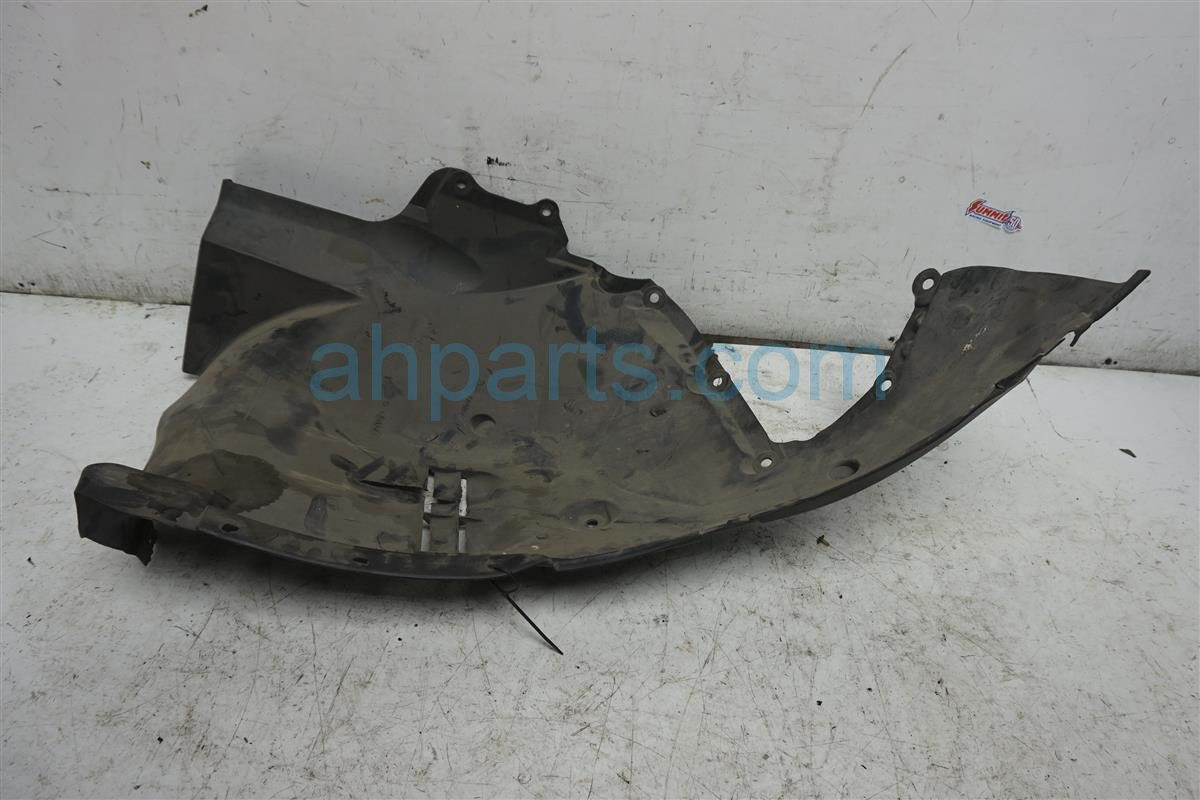 2009 Nissan GT R Rear Driver Fender Liner 76751 JF00A Replacement