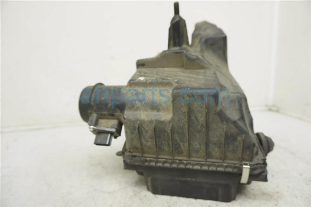 2009 Nissan Sentra Intake Air Cleaner Assy 16500 ET00A Replacement