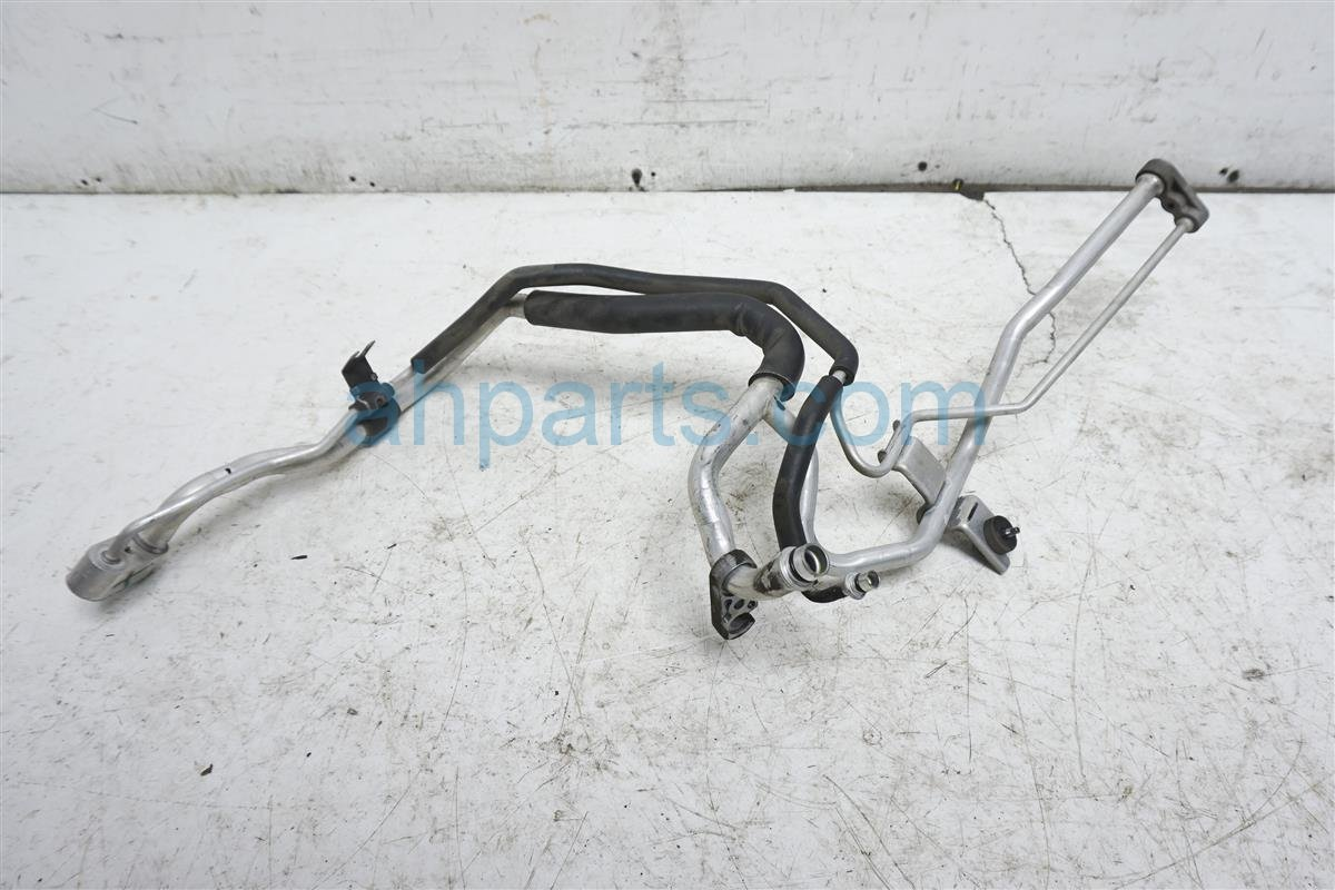 2013 Nissan Quest Hose / Line / Ac Front Pipe Cooler 92450 1JA0A Replacement