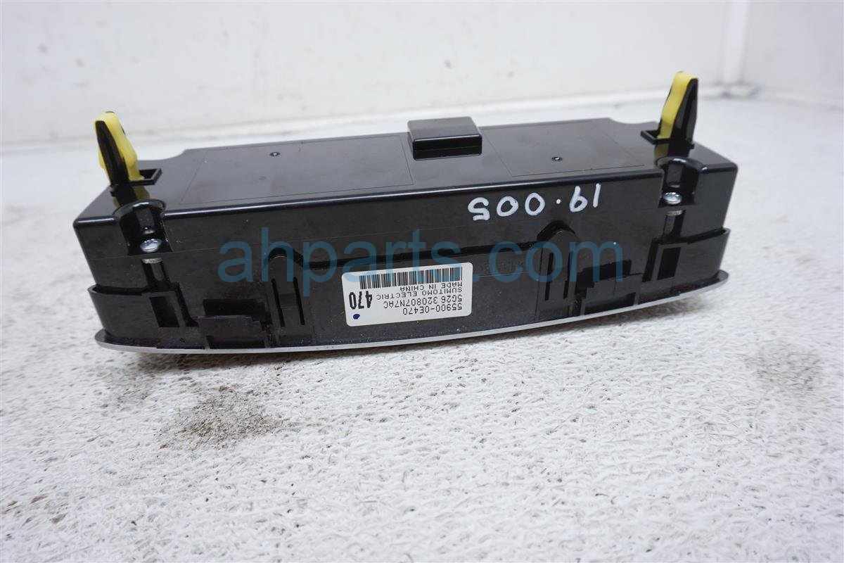 2015 Toyota Highlander Temperature / Ac Heater Rear Climate Control Assy 55900 0E470 Replacement