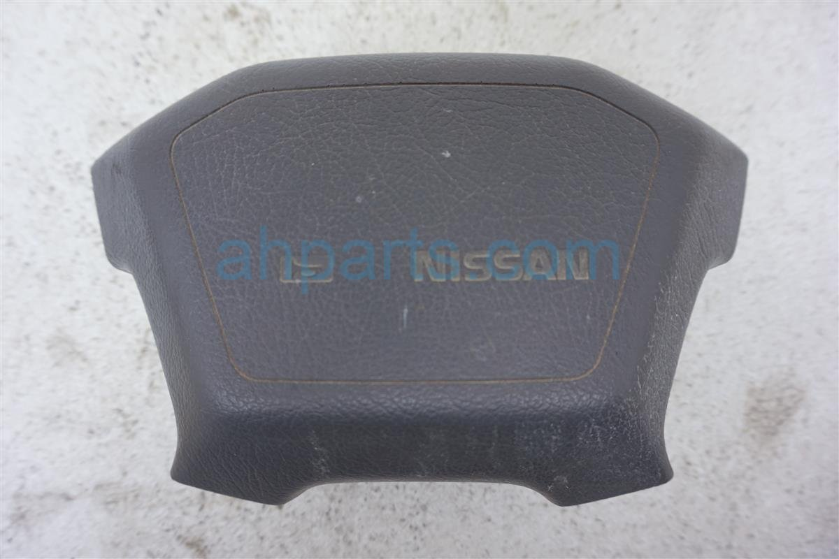 1993 Nissan Nissan Truck Steering Wheel Horn Pad   Gray 48420 55G65 Replacement