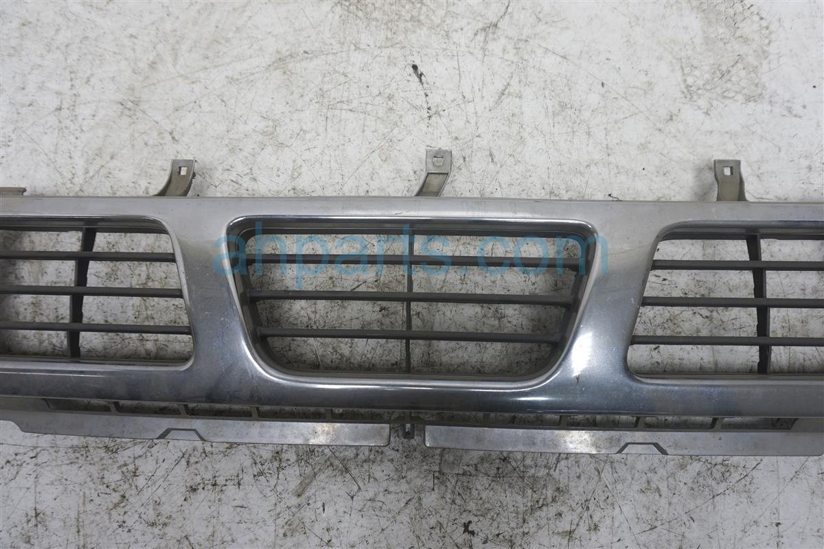 Sold 1993 Nissan Nissan Truck Grille   Chrome 62310 55G00 Replacement
