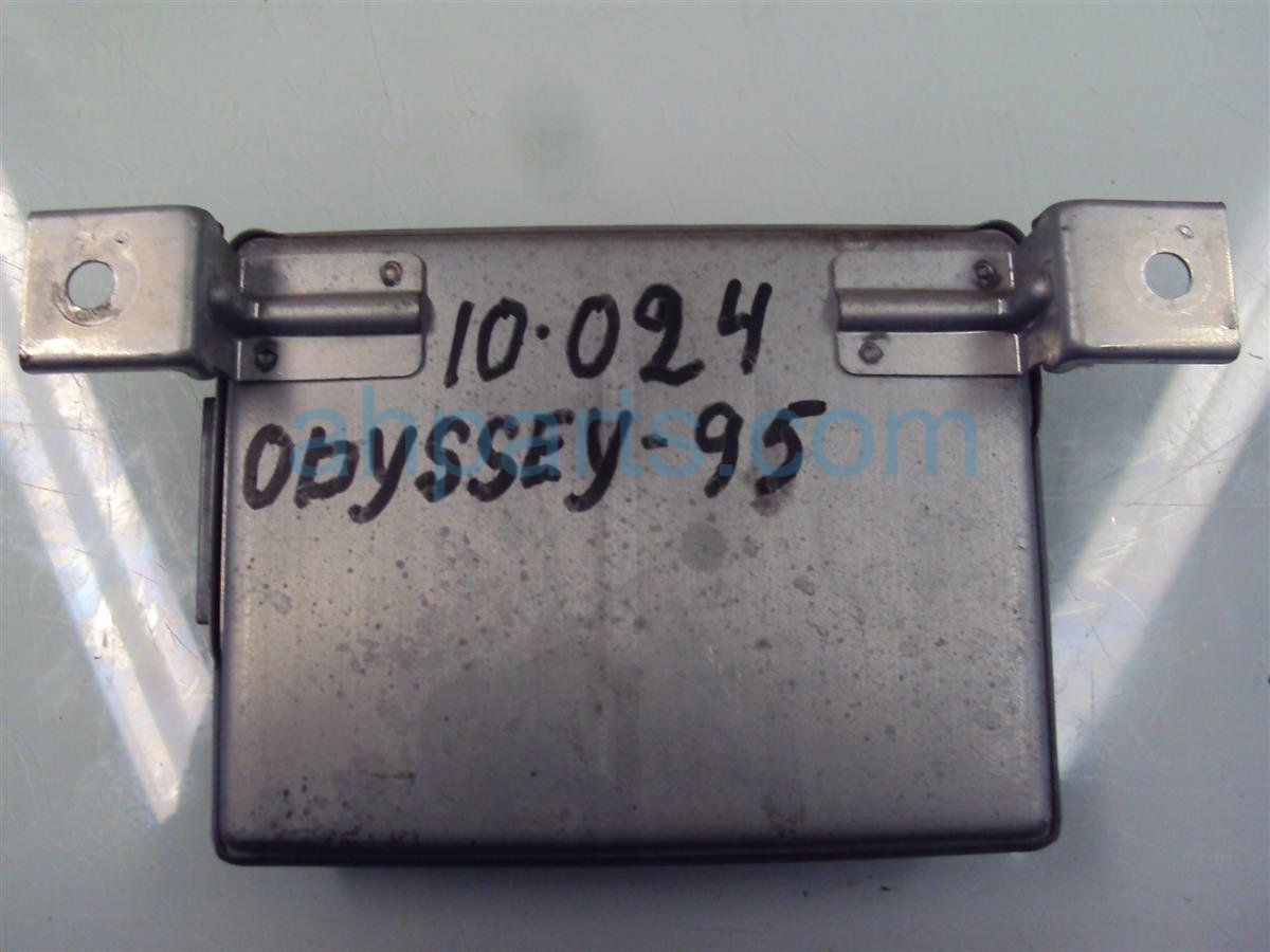 1995 Honda Odyssey CRUISE CONTROL COMPUTER 36700 SX0 A01 36700SX0A01 Replacement