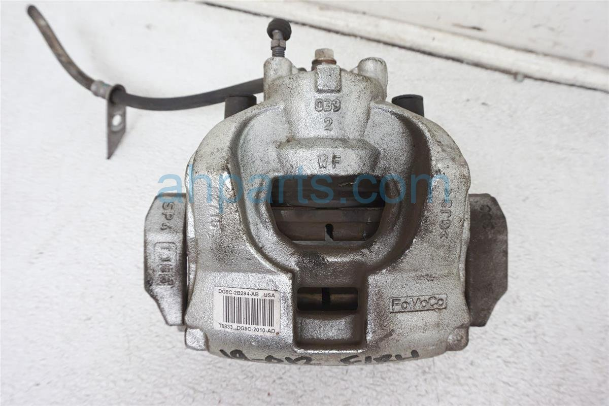 2016 Ford Fusion Front Passenger Brake Caliper   DG9Z 2B120 A Replacement