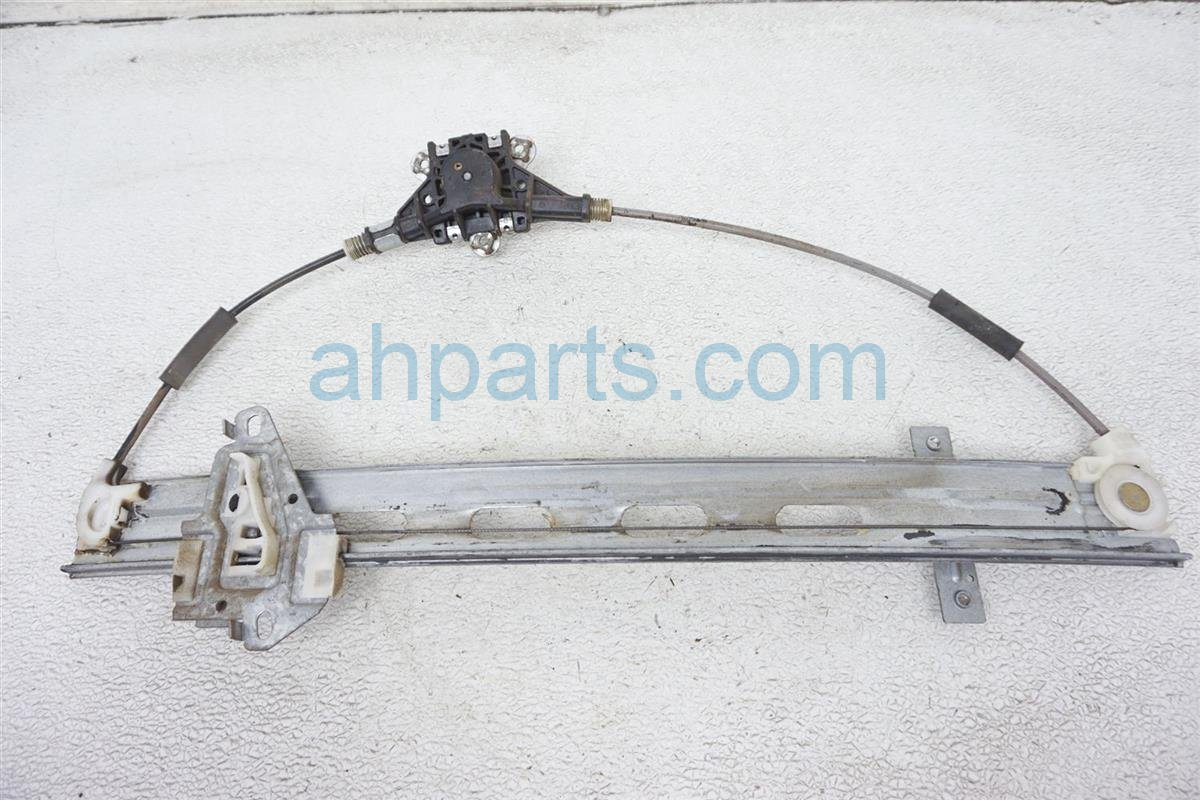 2004 Honda Civic Front Driver Window Regulator & Motor 72250 S5A 013 Replacement