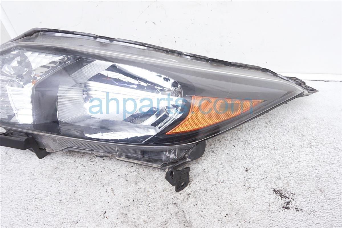 2017 Honda HR V Headlight Driver Head Light / Lamp 33150 T7S A01 Replacement