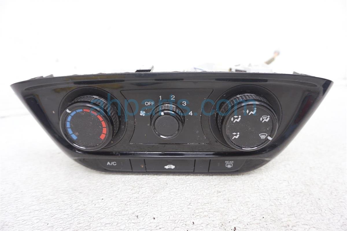 2017 Honda HR V Temperature Climate Heater/ac Control(on Dash) 79550 T7J H01ZA Replacement