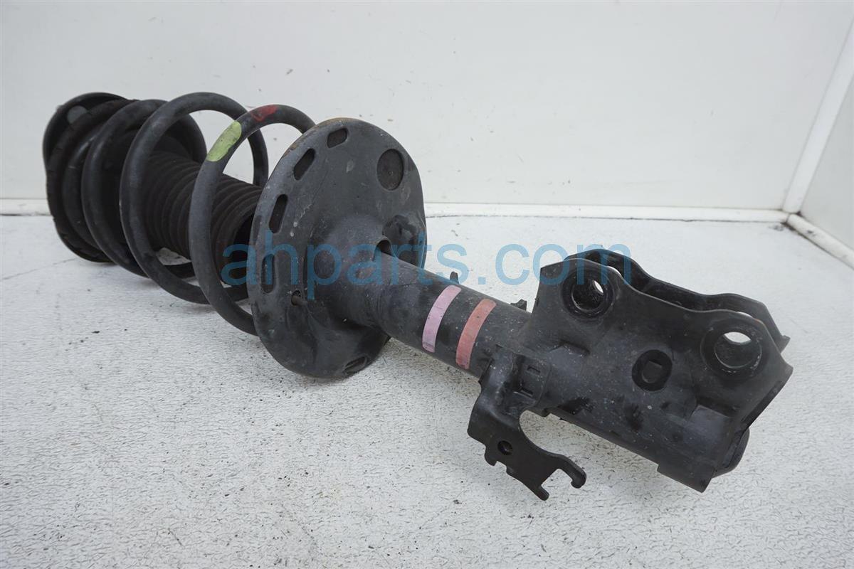 2012 Toyota Prius Front Passenger Strut Shock + Spring   48510 80573 Replacement
