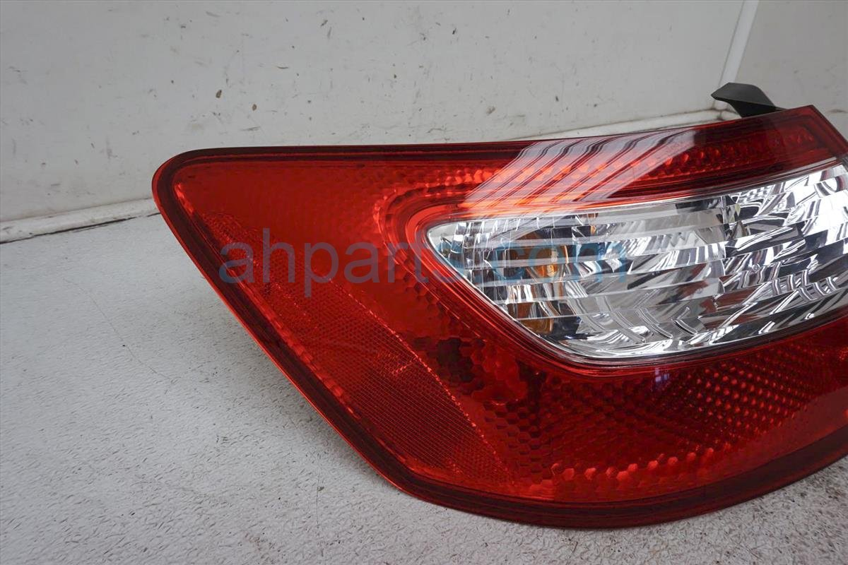 2006 Honda Civic Rear Driver Tail Lamp   Light On Body 33551 SVA A02 Replacement